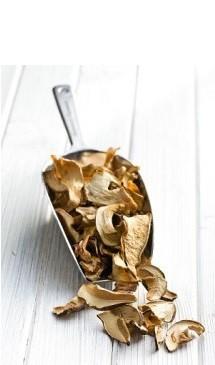 очень важно правильно подготовить сушеные грибы к хранению
