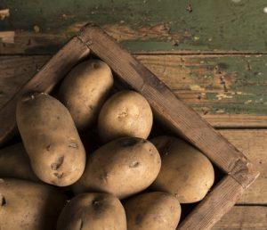 картофель можно хранить на балконе
