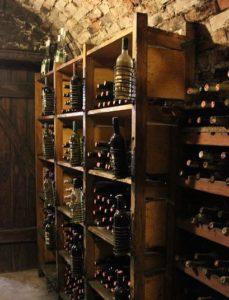 вино надо хранить в погребе