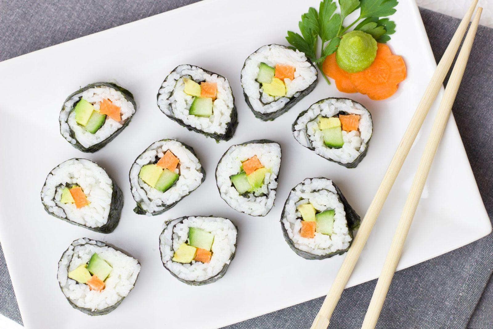 Как хранить роллы, суши