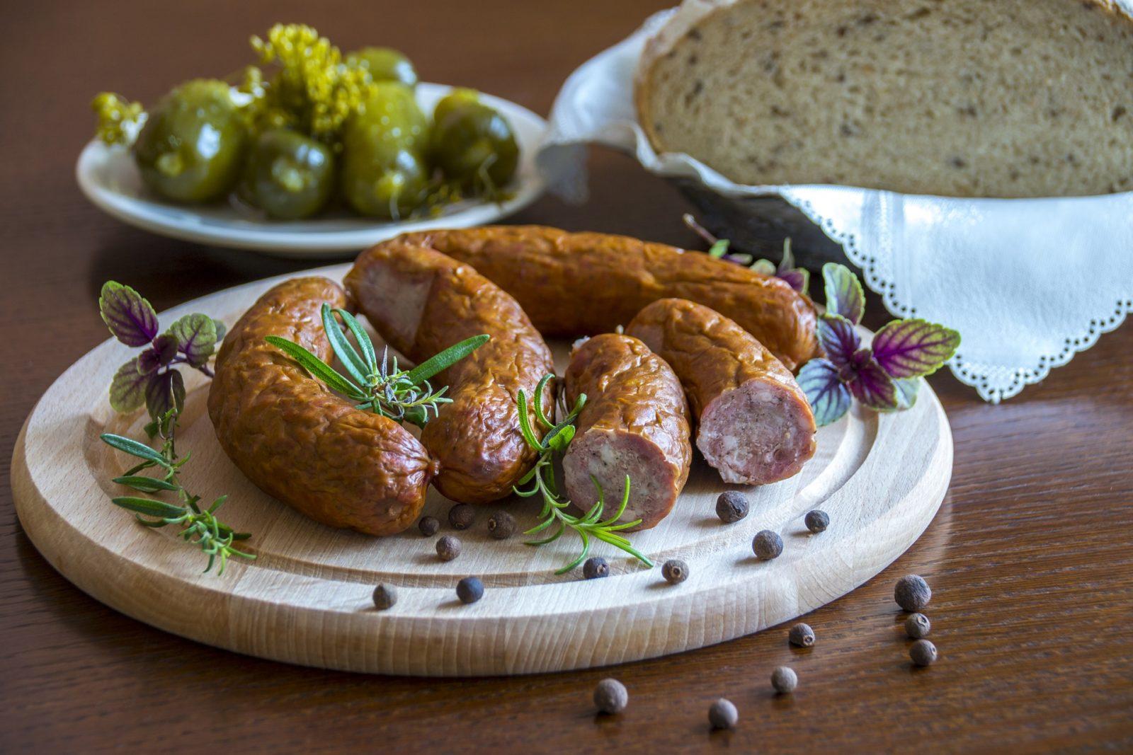 Как хранить колбасу