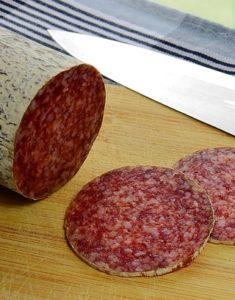 крпченыые колбасы хранятся дольше