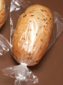 свежий хлеб можно хранить в холодильнике но не долго