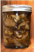 жареные грибы надо держать вбанках